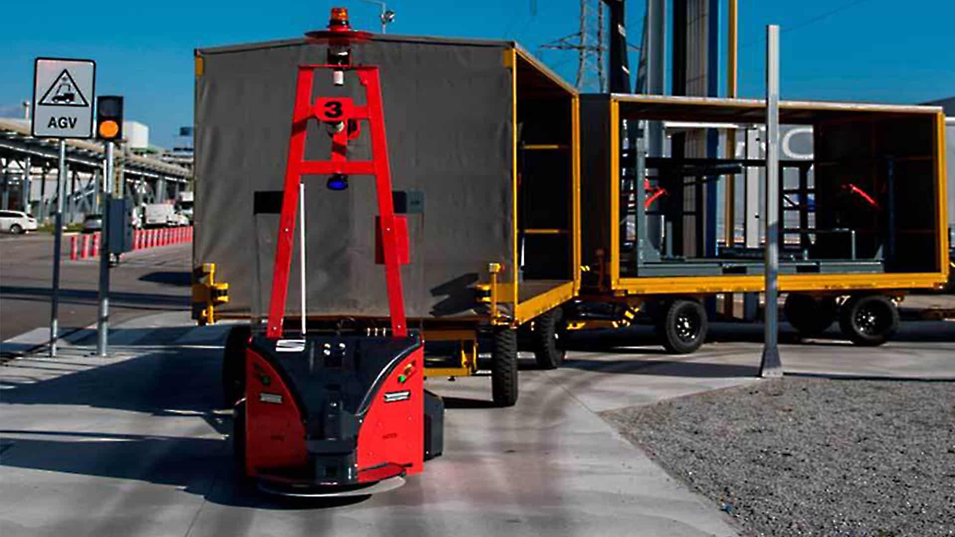Nous avons aidé ASTI Mobile Robotics à installer ses AGV de remorquage Tribot pilotés
