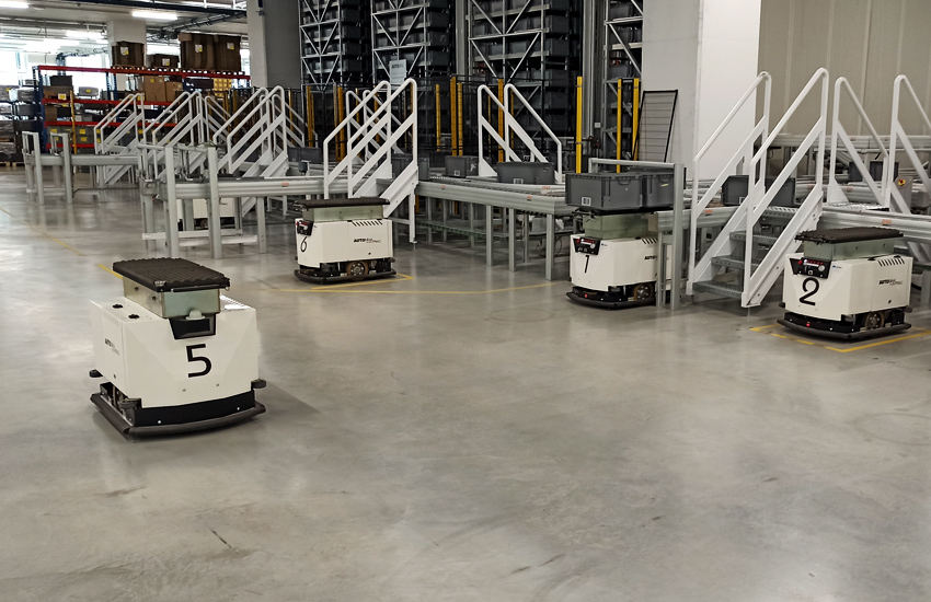Esatroll Dukino mobile robots driven by ANT navigation technology.