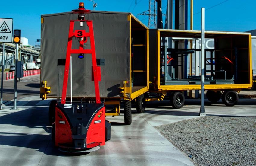 BlueBotics autonomous navigation Fahrzeug - ASTI